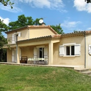 Vacation Home Au fil de L'eau Douce in Chirols - 8 Persons, 3 Bedrooms