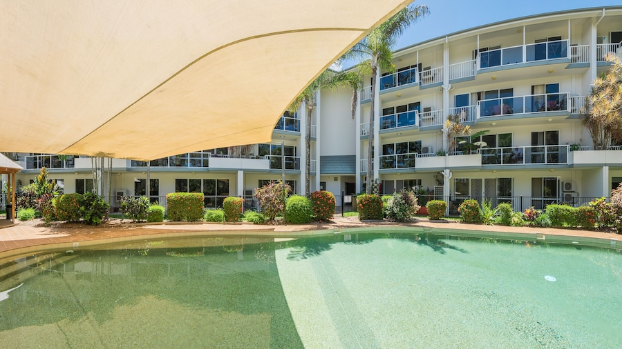 Coral Coast Apartments Palm Cove AVC