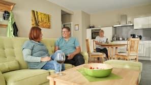 31-Zoll-Flachbildfernseher mit Satellitenempfang, Fernseher, DVD-Player