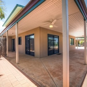 Ningaloo Breeze Villa 2