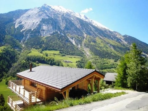 Superb new ski Chalet and all Comfort in Beautiful Surroundings