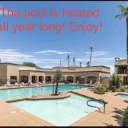 Central Scottsdale Standard Hotel Room w/ Pool, hot tub & Fire pit