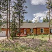 Motherlode - Newer Home. Incredible Deck Views. Garage!
