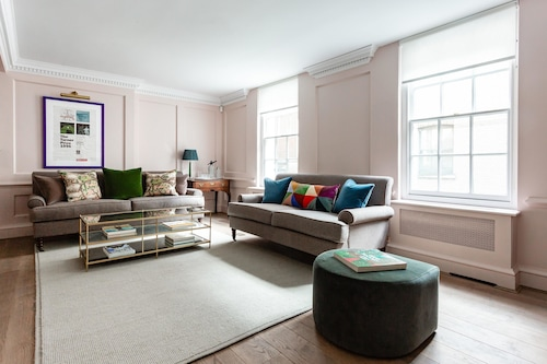 Ormond Yard II by Onefinestay