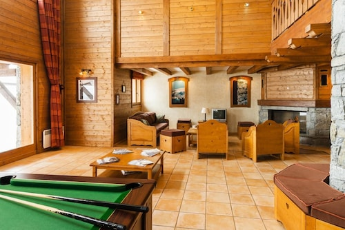 Wifi, 80m From ski Slopes, Fitness, Swimming Pool, Terrace, Balcony, tv, ski Locker, 70m²