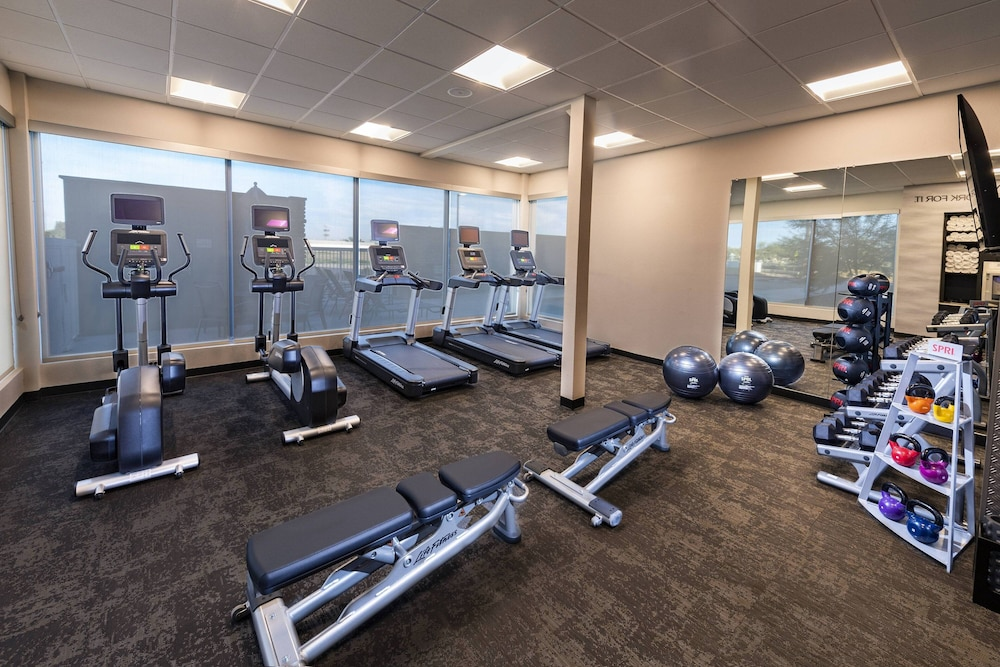 Fitness Facility, Fairfield Inn & Suites by Marriott Phoenix West/Tolleson