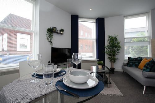 Cross St Boutique Apartment