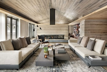 Four Seasons Residences Vail