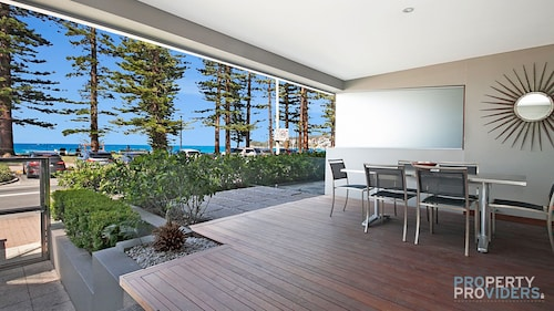 Manly Strand Holiday Apartment