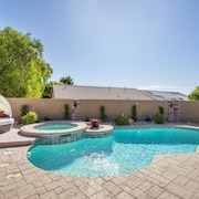 Amazing 4 Bd Las Vegas Home w/ Pool & Spa!