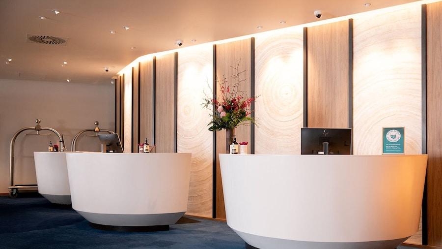 Crowne Plaza Hobart, an IHG Hotel