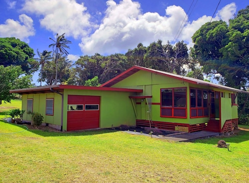 Quaint Home in North Kohala