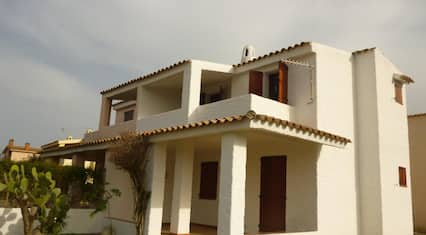 House With 2 Bedrooms in San Teodoro, With Wonderful sea View and Enclosed Garden - 800 m From the Beach