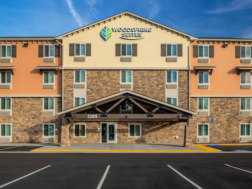 Woodspring Suites Riverside Norco