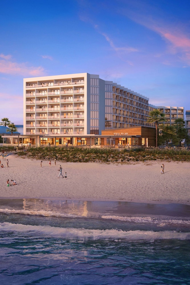 Delta Hotels By Marriott Virginia Beach Bayfront Suites In