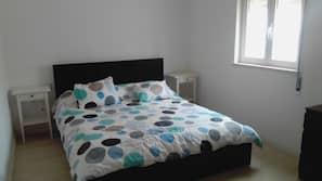 Egyptian cotton sheets, premium bedding, down duvet, linens