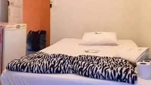 Frigobar, Wi-Fi de cortesia, roupa de cama