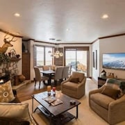 Strawberry Park-Beaver Creek - Superior Condominium