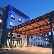 Holiday Inn Express & Suites The Dalles