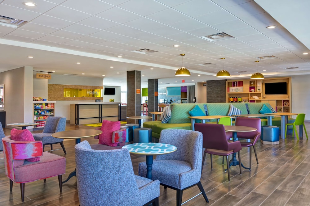 Breakfast Area, Home2 Suites Sarasota I-75 Bee Ridge, FL