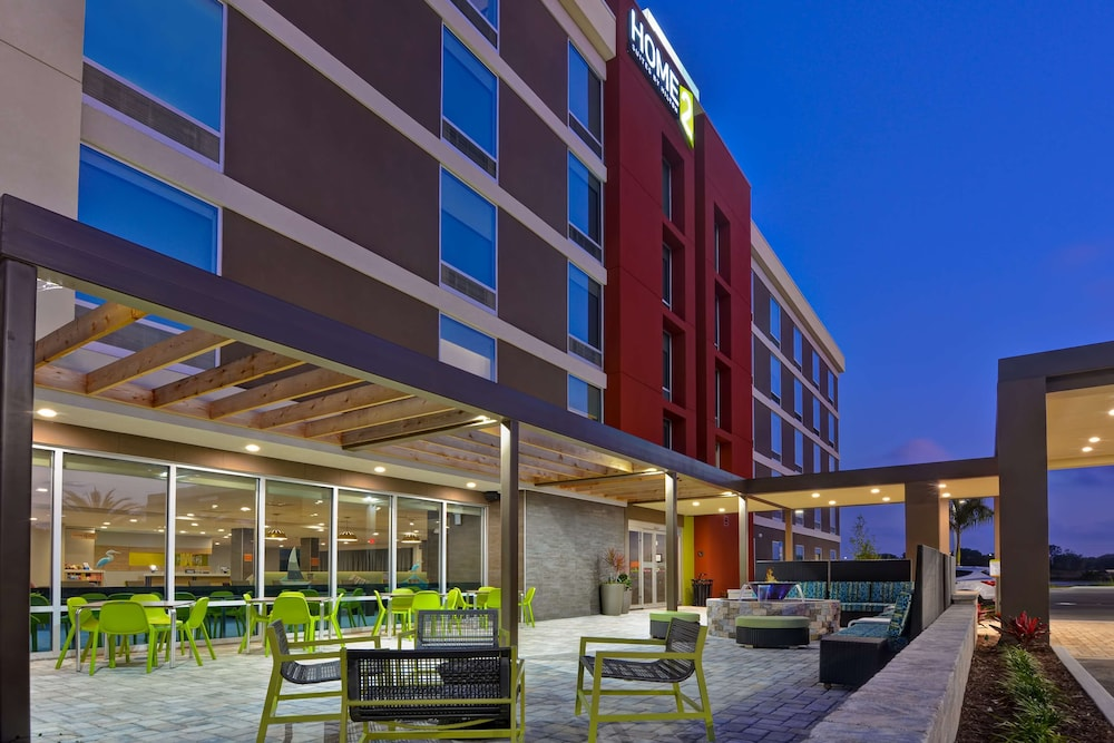 Exterior, Home2 Suites Sarasota I-75 Bee Ridge, FL