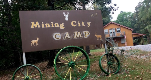 Mining City Camp is Secluded in the Kentucky Woods