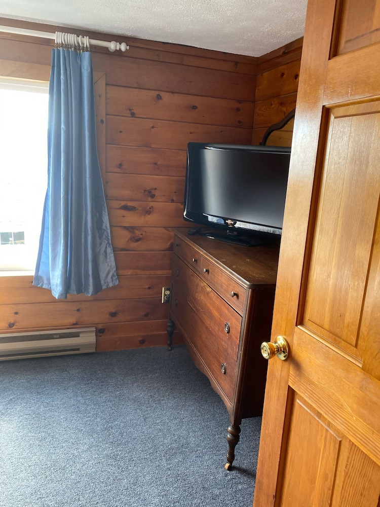 Room, Camp Ellis Oceanfront, Private Beach, Near Old Orchard Pier