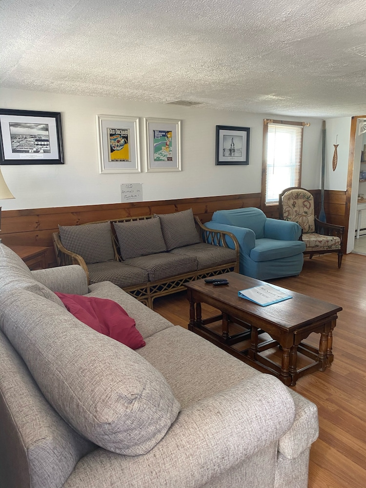 Living Room, Camp Ellis Oceanfront, Private Beach, Near Old Orchard Pier