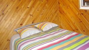 2 chambres, fer et planche à repasser, Wi-Fi gratuit