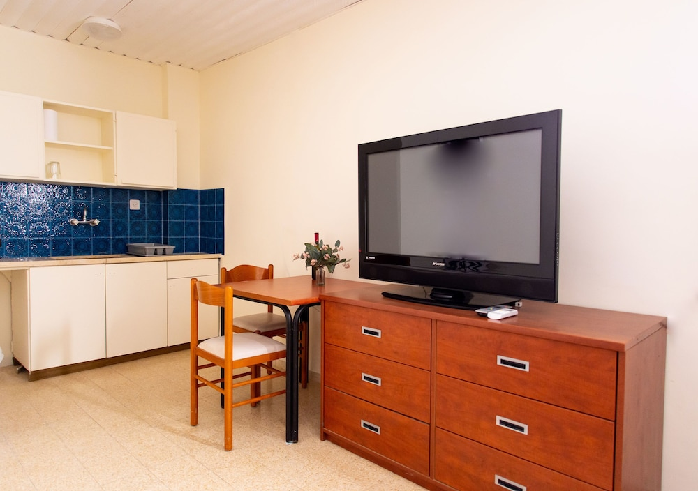 Television, ARC Family House