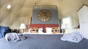 Egyptian cotton sheets, premium bedding, pillow top beds