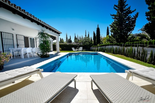 Great Villa Near Beach & Marbella