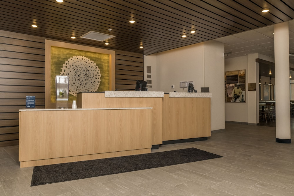 Concierge Desk, Fairfield Inn & Suites by Marriott Louisville New Albany IN