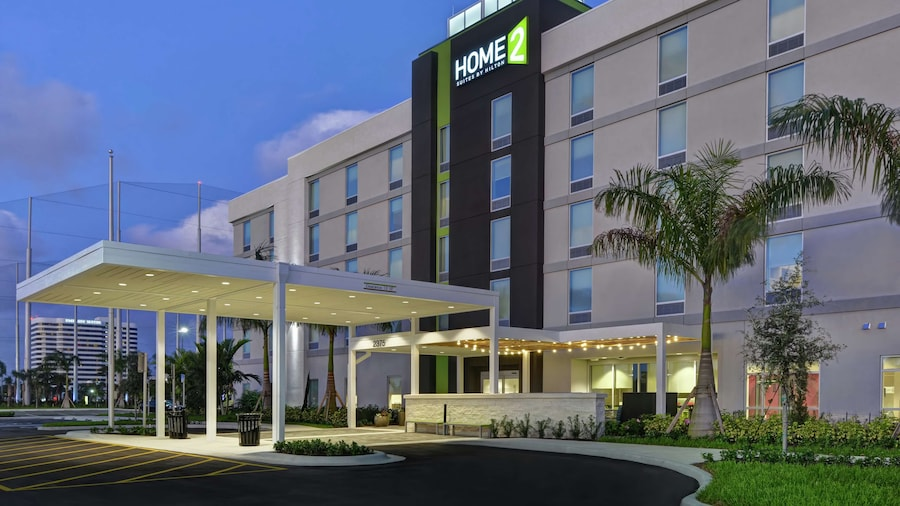 Home2 Suites by Hilton West Palm Beach Airport, FL