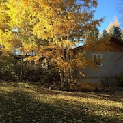 Cozy Private Creekside Cottage Near Msu, Downtown Bozeman and Hospital Campus