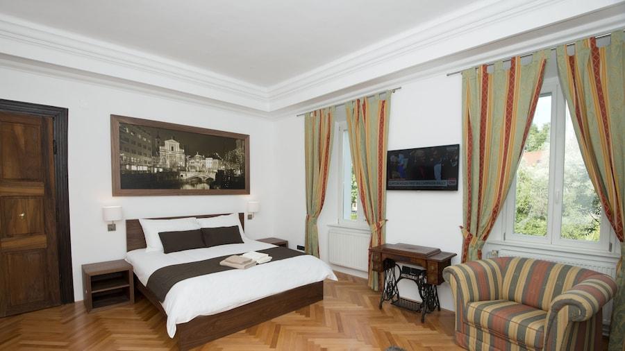 Zois Apartments