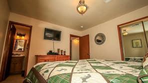 2 間臥室、設計自成一格、家具佈置各有特色、免費 Wi-Fi