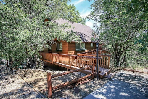 Kiki's Chalet-1548 by Big Bear Vacations