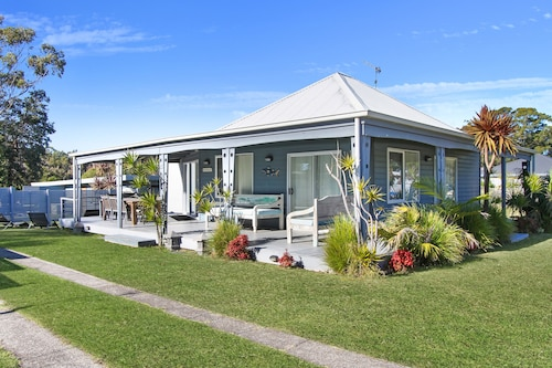 Huskisson Holiday Motel Cabins