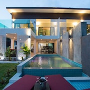 The Elegance Pool Villas