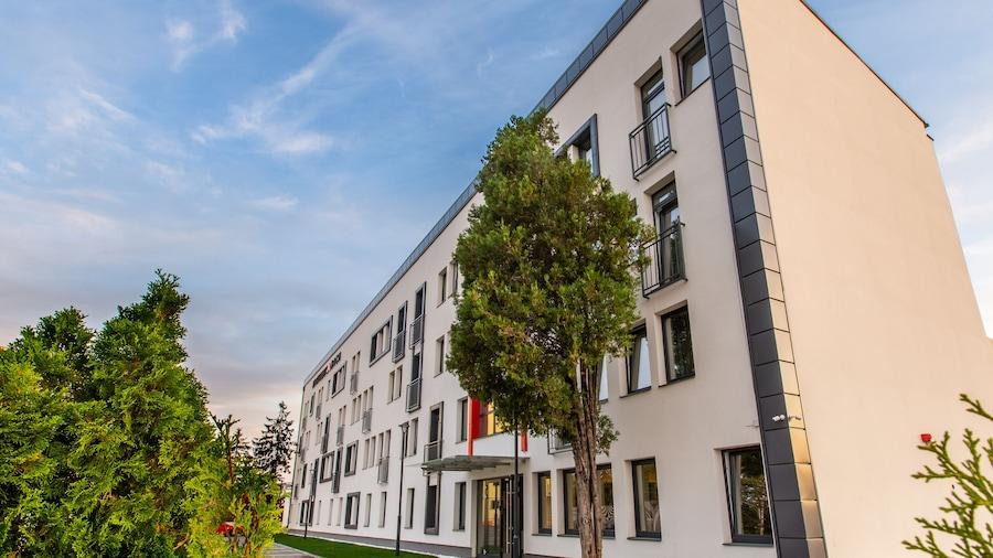 Bach Apartments
