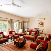 Luxurious 3bhk Independent Floor in South Delhi