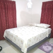 A Beautiful, Well Furnished Self-contained 2 Bedroom, 1 Bathroom Apartment