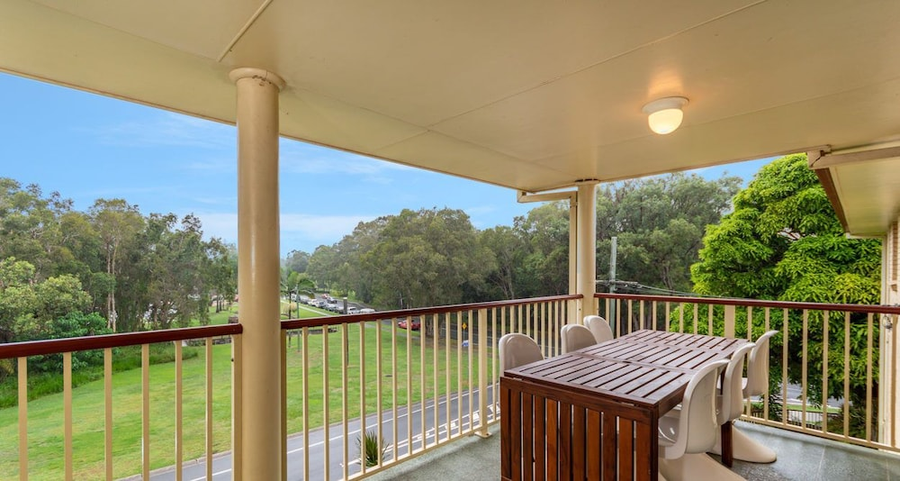 Immaculate Spacious Second Floor Unit Overlooking Pristine Parklands
