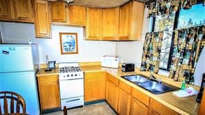 Fridge, microwave, toaster