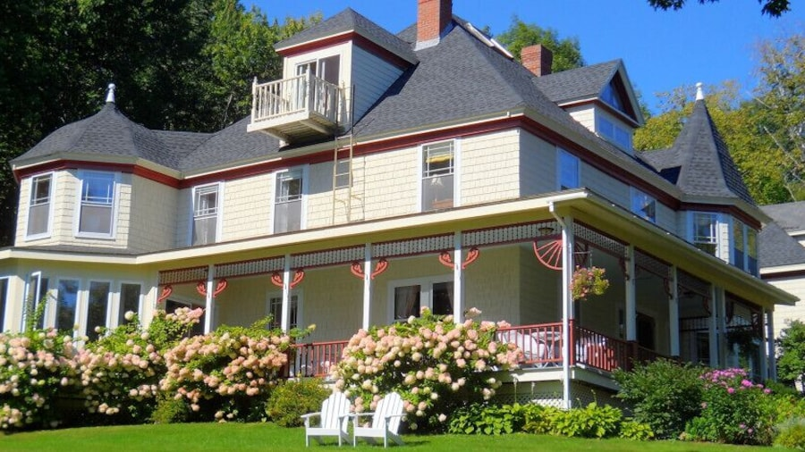 Victorian By The Sea Bed and Breakfast