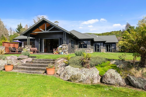 The Wright House at Lake Tarawera