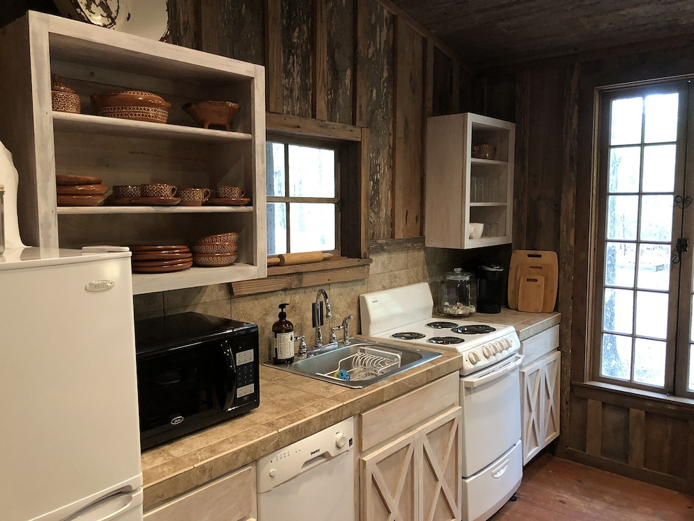 Private Kitchen, Coulter Farmstead