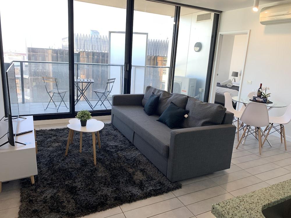 JC Water View Apartment on La Trobe