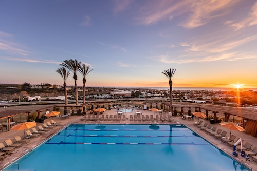 The Cassara Carlsbad, Tapestry Collection by Hilton